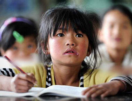申论热点:留守村校生存状况堪忧,拿什么留住乡村教师